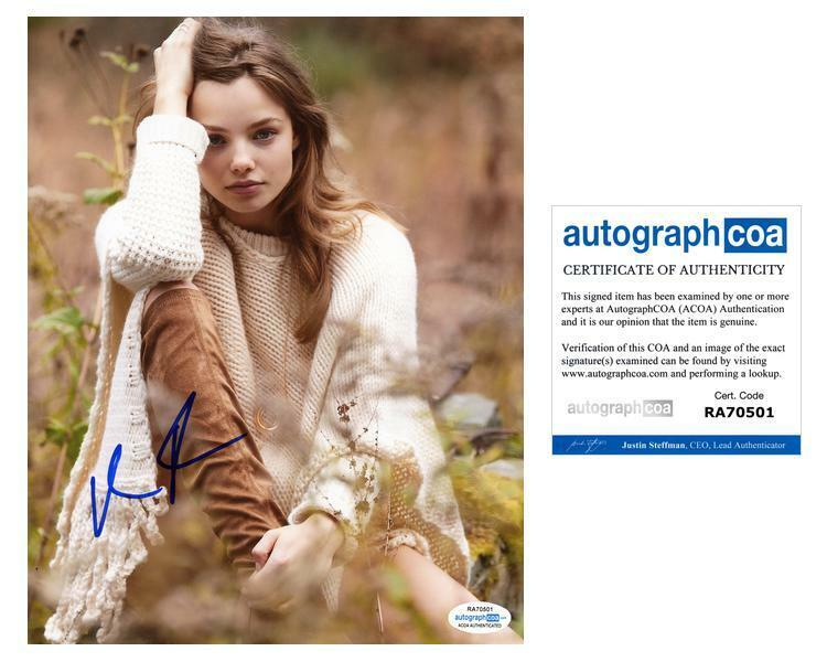 "Kristine Froseth ""Looking for Alaska"" AUTOGRAPH Signed 8x10 Photo ACOA"