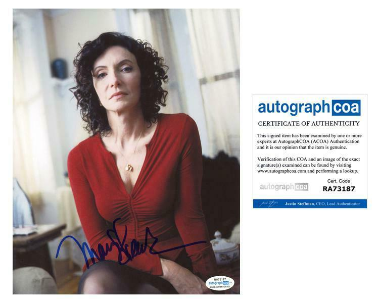 "Mary Steenburgen ""Law & Order: SVU"" AUTOGRAPH Signed 8x10 Photo ACOA"