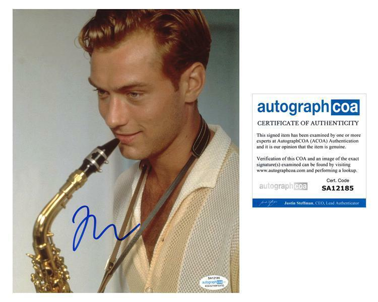 "Jude Law ""The Talented Mr. Ripley"" AUTOGRAPH Signed 8x10 Photo ACOA"