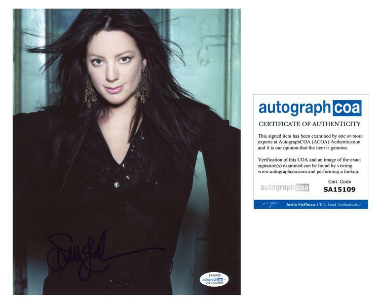 """Sarah McLachlan """"I Will Remember You"""" AUTOGRAPH Signed 8x10 Photo ACOA"""