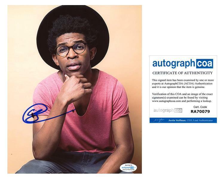 "Camrus Johnson ""Batwoman"" AUTOGRAPH Signed 8x10 Photo ACOA"