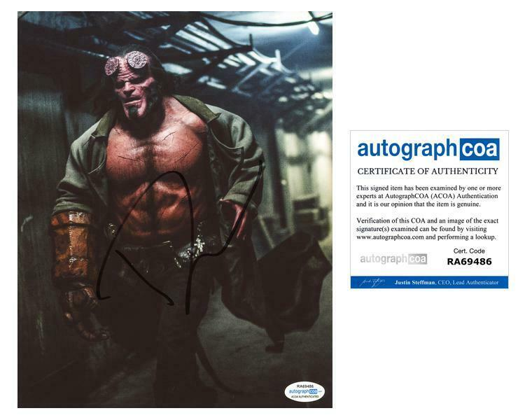 "David Harbour ""Hellboy"" AUTOGRAPH Signed 8x10 Photo C ACOA"
