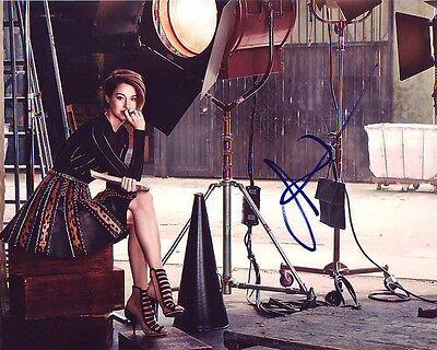 Shailene Woodley Signed Autographed 8X10 Photograph