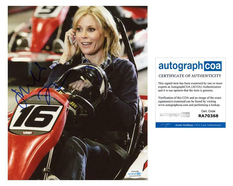 "Julie Bowen ""Modern Family"" AUTOGRAPH Signed 8x10 Photo B ACOA"