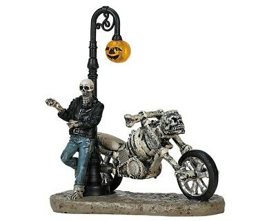 Halloween Town (LEMAX BAD TO THE BONE Spookytown Halloween Modellbau Herbst Spooky Town)
