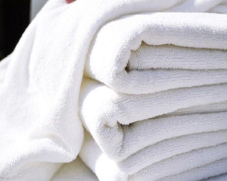 1 dozen white hair/bath towels 20x40 wholesale lot utility towels brand new !!