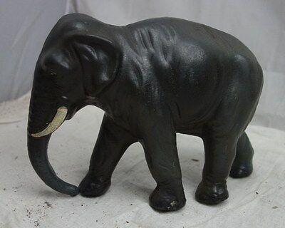 alter Spielzeug Elefant auf Räder Masse ?