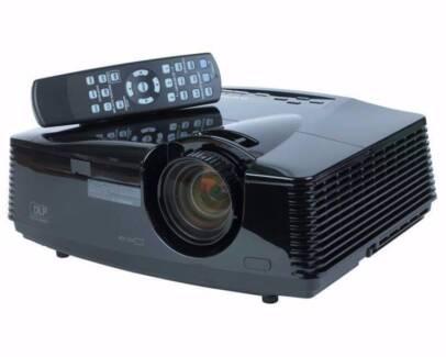 Projector - Mitsubishi HC3800