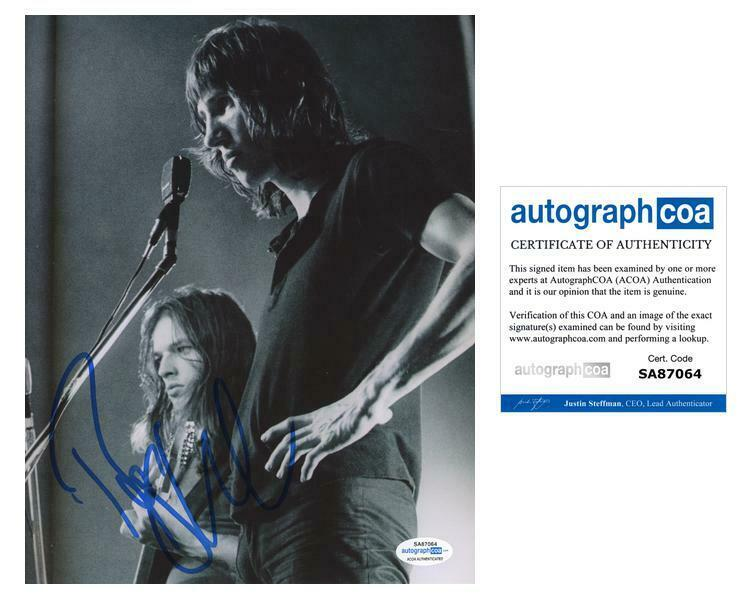 """Roger Waters """"Pink Floyd"""" AUTOGRAPH Signed 8x10 Photo ACOA"""