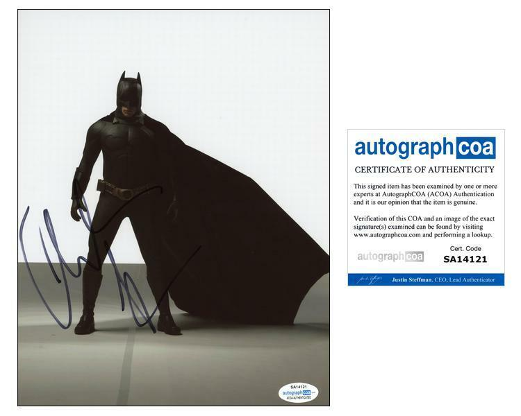 "Christian Bale ""The Dark Knight ""AUTOGRAPH Signed Batman 8x10 Photo ACOA"