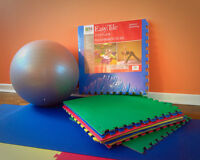 yoga ball+tiles+ mat