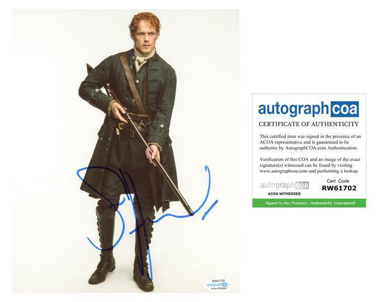 "Sam Heughan ""Outlander"" AUTOGRAPH Signed 8x10 Photo I ACOA Witness ITP"