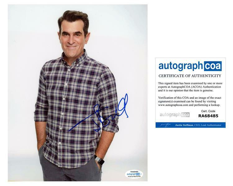 "Ty Burrell ""Modern Family"" AUTOGRAPH Signed 8x10 Photo D ACOA"