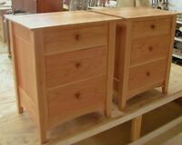Wanted set of night stands