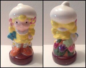 5 vintage, ceramic, Strawberry Shortcake figurines Kitchener / Waterloo Kitchener Area image 2