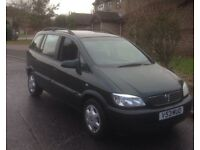 Zafira petrol manual. 9 months mot. 1 owner. God tyres and overall excellent condition for age