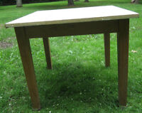 Utility table