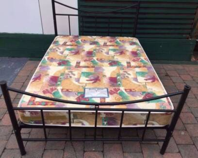 Excellent black metal frame double bed with mattress. Delivery