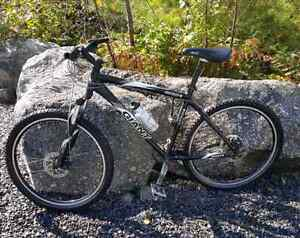 Giant yukon mountain bike ($425 OBO)