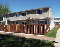 EXCELLENT VALUE- OVER 1200 SQ. FT. CONDO IN TELFORD COURT-LEDUC