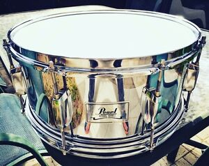 Caisse-claire / Snare Pearl Steel Shell 14 x 6.5! Une bombe!