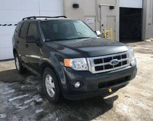 2009 Ford Escape XLT/ 6 MONTHS WARRANTY INCLUDED.