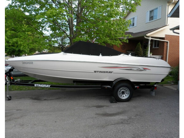 Used 2013 Stingray Boat Co 180 LX Bowrider