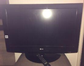 "32"" LG LCD TV £120 ONO"