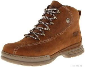 Helly Hansen Men's Waterproof Leather Boots Size 11- BRAND NEW