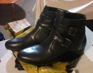 Formal Pointed Zipper Boots for Men Mosman Park Cottesloe Area Preview