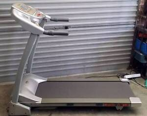 treadmill Cardiotech X7+ electric 16km/hr motorized incline pulse Belmont Lake Macquarie Area Preview