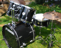 SONOR FORCE 505 DRUM SET with loads of upg