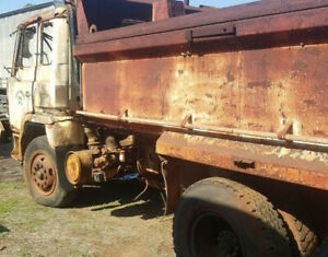 WRECKING 1991 HINO FS TIPPER (Stock #T0811) Mareeba Tablelands Preview