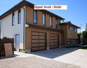 Private large 1-bedroom suite in Southridge - $750