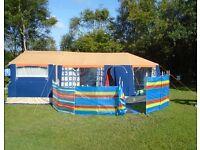 Flores 480R folding trailer tent
