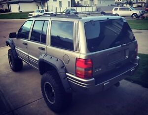1998 Jeep Grand Cherokee Limited - 5.9L