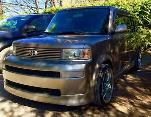 2005 SCION XB (Manuel)