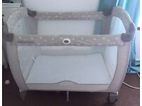 Graco playpen / travel cot