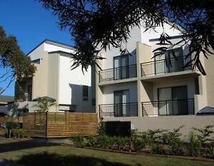 Holiday accommodation: excellent convenient unit Tuncurry Forster Tuncurry Great Lakes Area Preview