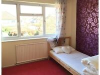 room to let - all inclusive- free parking space- Double room £120 perweek or £480PER MONTH