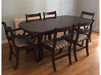 Traditional Dining room Table & 6 Chairs