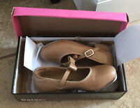 Girls Size 2.5 Youth Caramel Tap Shoes