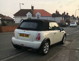 Mini Convertible White