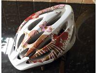 Woman's cycling helmet