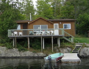 Lakefront cottages for rent Canada image 4