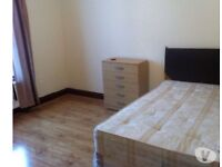 LOVELY LARGE DOUBLE ROOM £149 PER WEEK & VERY LARGE SINGLE ROOM £125 A WEEK NEAR STATION