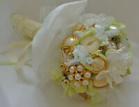 MADE-TO-ORDER JEWELLED WEDDING BOUQUETS