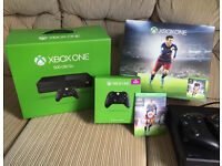 Xbox One 500gb 2 controllers