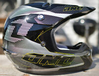 ONE Industries Kombat Vector motocross helmet