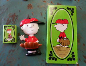 Great Catch Charlie Brown soap holder 1974 AVON - peanuts Windsor Region Ontario image 1